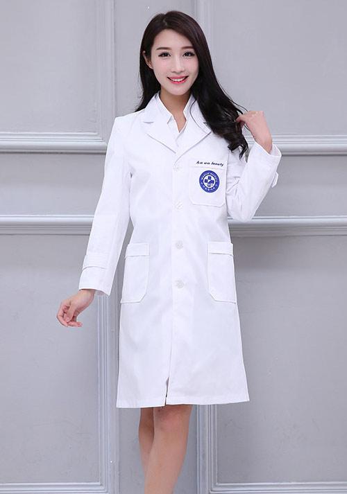 护士制服颜色的区别