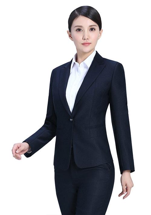 女性职业装搭配技巧