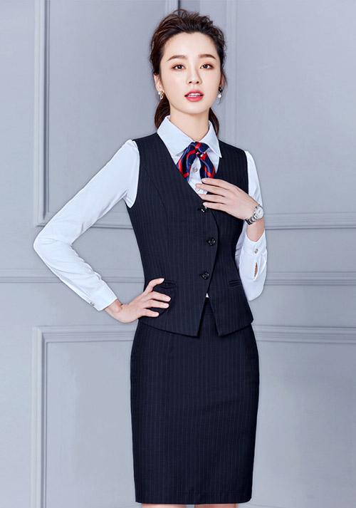 美益恒带您解读职业套装经典流行新风尚