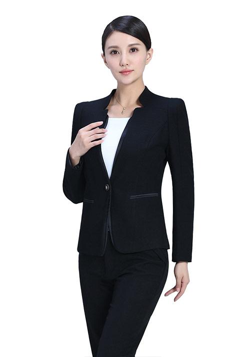 职业女性如何搭配铅笔裙有气质-【资讯】